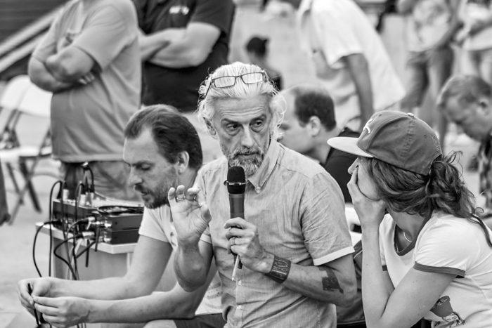 Эдуард Бояков на репетиции горного театрального шоу «Кавказские пленники» в г. Сочи. Фото предоставлено пресс-службой шоу
