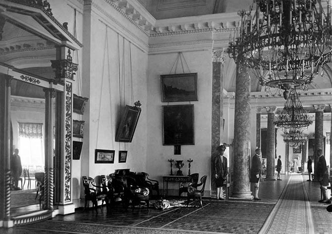Интерьер Александровского дворца