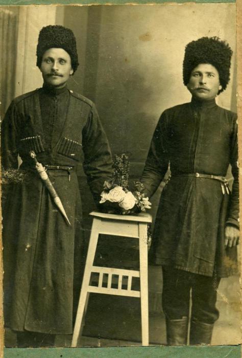 Казаки из части Кубанских Казаков, проживающих в Кавказском отделе.