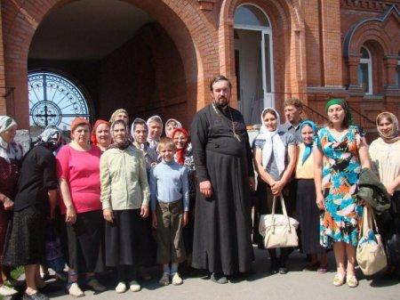 Паломники из города Татарска во главе с настоятелем совершили поездку по храмам епархии