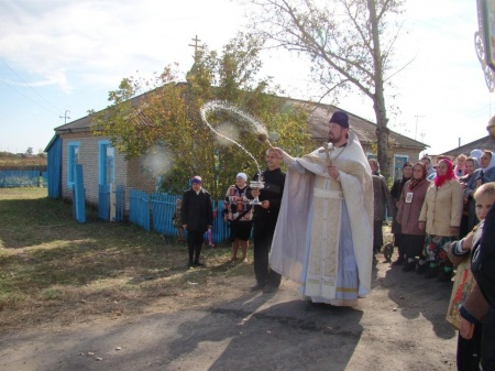 В деревне Новомихайловка Татарского района прошел крестный ход