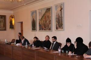 В Общецерковной аспирантуре состоялась конференция, посвященная истории монастырей и монашества Русской Православной Церкви