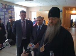 5 апреля 2011 г. Архиепископ Новосибирский и Бердский Тихон посетил г. Искитим с архипастырским визитом