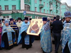 Новосибирские священники приложились к поясу Пресвятой Богородицы