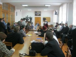 Владимир Романович посетил столицу Сибири в связи с началом проведения здесь трехдневных курсов повышения...