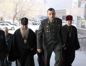 Владыка Тихон призвал наркополицейских к жертвенной самоотдаче