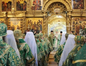 Богослужение со Святейшим Патриархом Кириллом