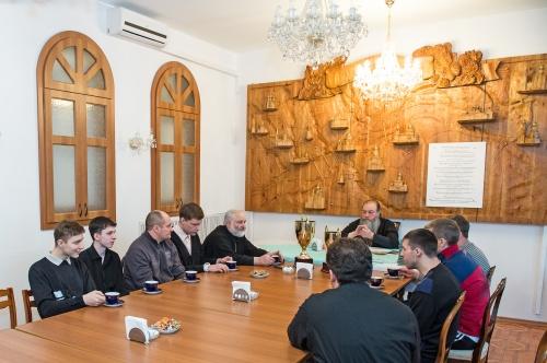 Встреча митрополита Тихона с командой-победительницей