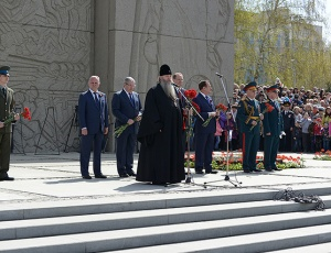 Митрополит Тихон совершил панихиду по погибшим в Великой Отечественной войне