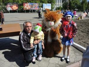 Епископ Филипп поздравил детей Карасукского района с Международным днём защиты детей (видео)