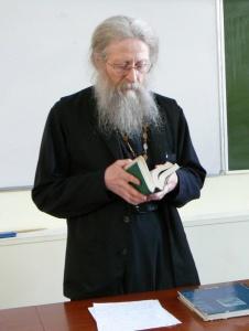 Протоиерей Геннадий Фаст об исповеди, цинизме и расцерковлении