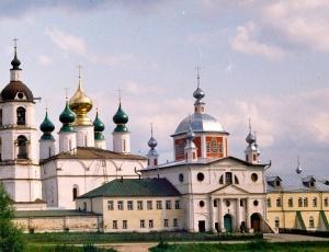 Дружественный визит сибирских архиереев в Ивановскую митрополию