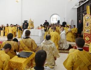 Предстоятель Русской Церкви совершил освящение верхнего храма Троице-Владимирского собора г. Новосибирска