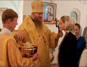 Молебен перед учебным годом в Никольском кафедральном соборе города Искитима