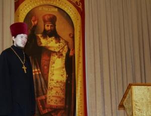 Митрополит Тихон возглавил Литургию в храме в честь святителя Тихона Задонского