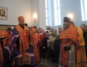 Литургия в Михаило-Архангельском женском монастыре и начало крестного хода по Карасукской епархии