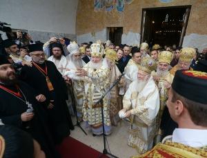 Предстоятели Поместных Православных Церквей совершили освящение собора Воскресения Христова в Подгорице (+ фоторепортаж)