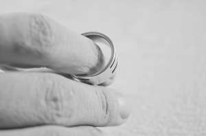 Что делать, если хочешь и не можешь жениться (выйти замуж)?