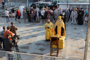 Корабль-церковь «Святой апостол Андрей Первозванный» отправился в 20-й миссионерский рейс