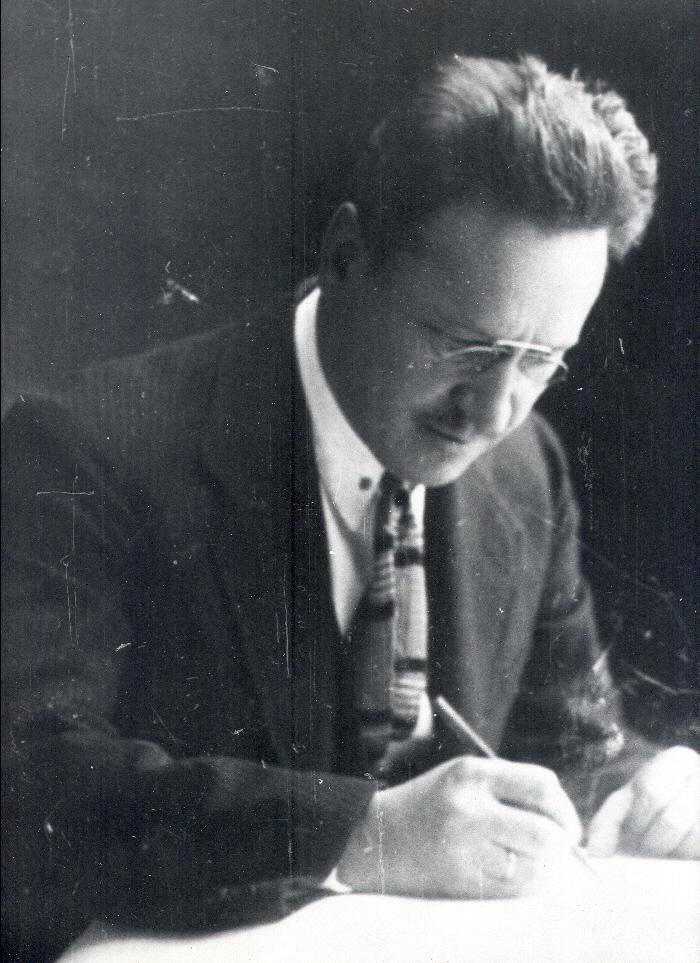 А.Д. Крячков за работой, 1930-е гг.