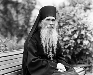 Архимандрит Кирилл ПАВЛОВ: «Живите по совести — вот ваша обязанность»